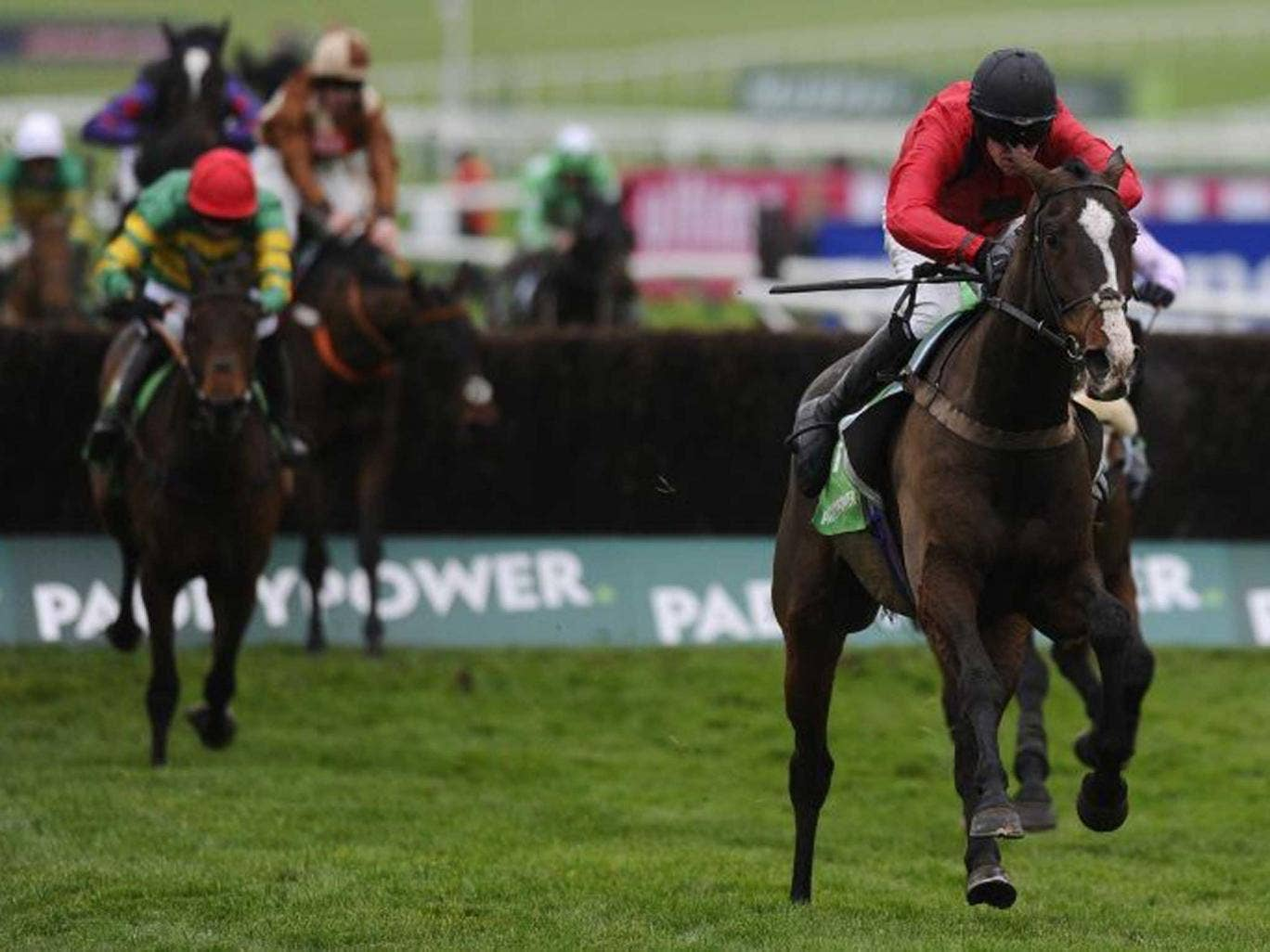 Fast forward: St Johns Spirit heads for victory in the Paddy Power Chase