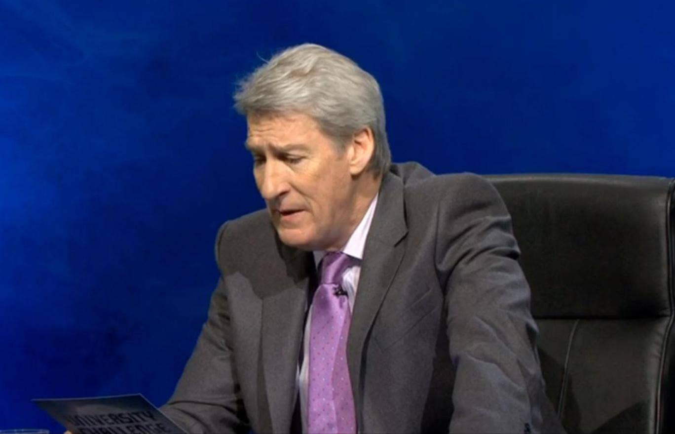 Jeremy Paxman hosts University Challenge