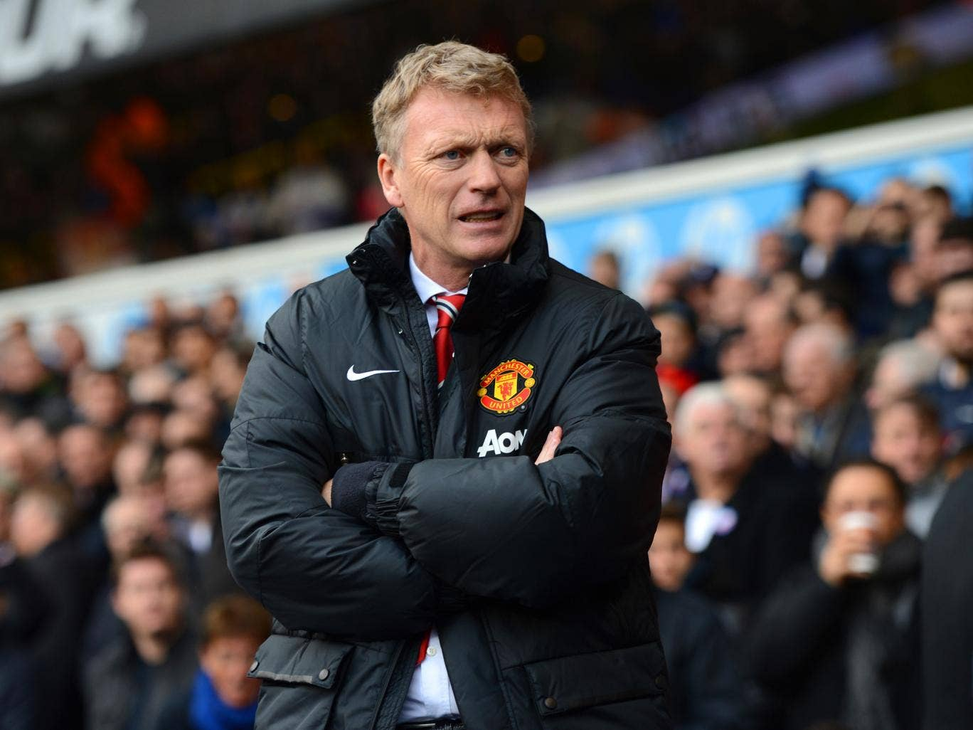 Manchester United manager David Moyes has praised his replacement at Everton Roberto Martinez