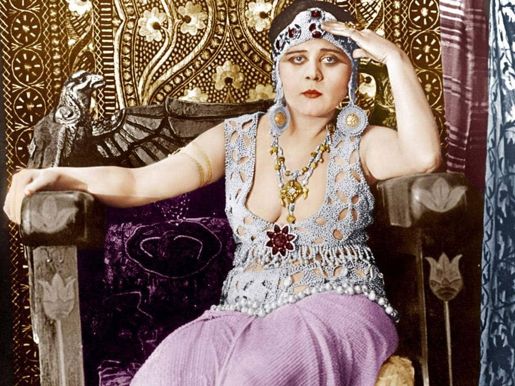 Theda Bara in 1917's silent movie 'Cleopatra'