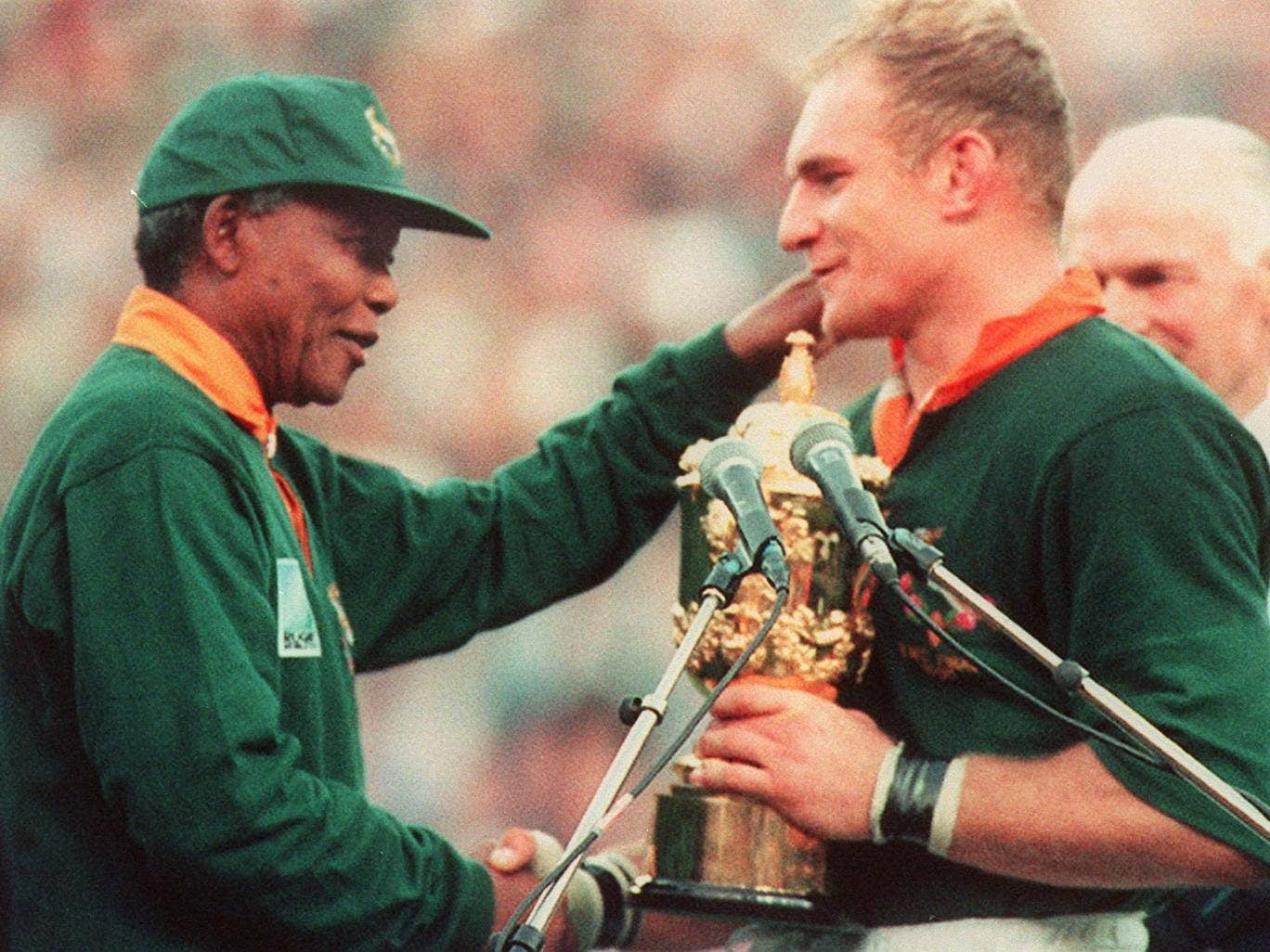 Francois Pienaar and Nelson Mandela after South Africa won the 1995 Rugby World Cup
