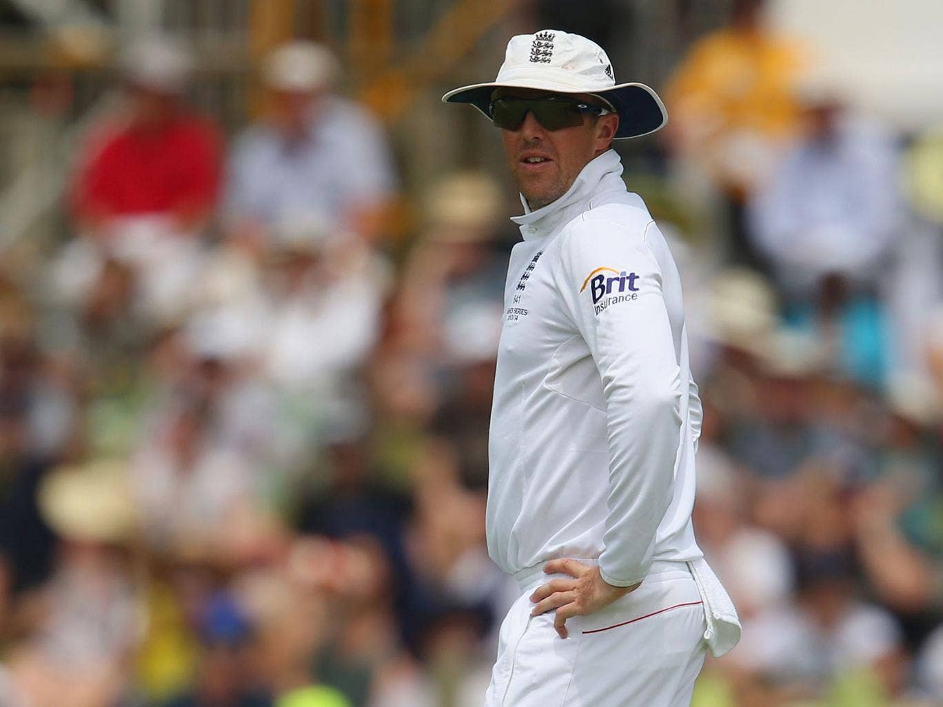 Graeme Swann has apologised for comments he made that drew heavy criticism from rape charities