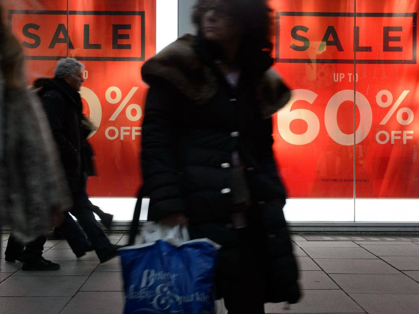 Retailers in the UK have panicked and slashed prices after an unexpectedly slow Christmas