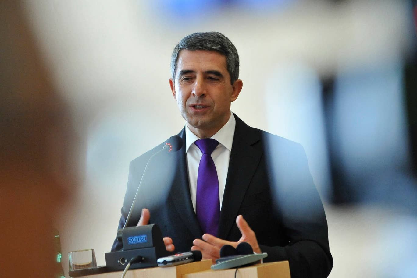 Bulgarian President Rosen Plevneliev has warned David Cameron against turning to 'isolation and nationalism' in order to win votes