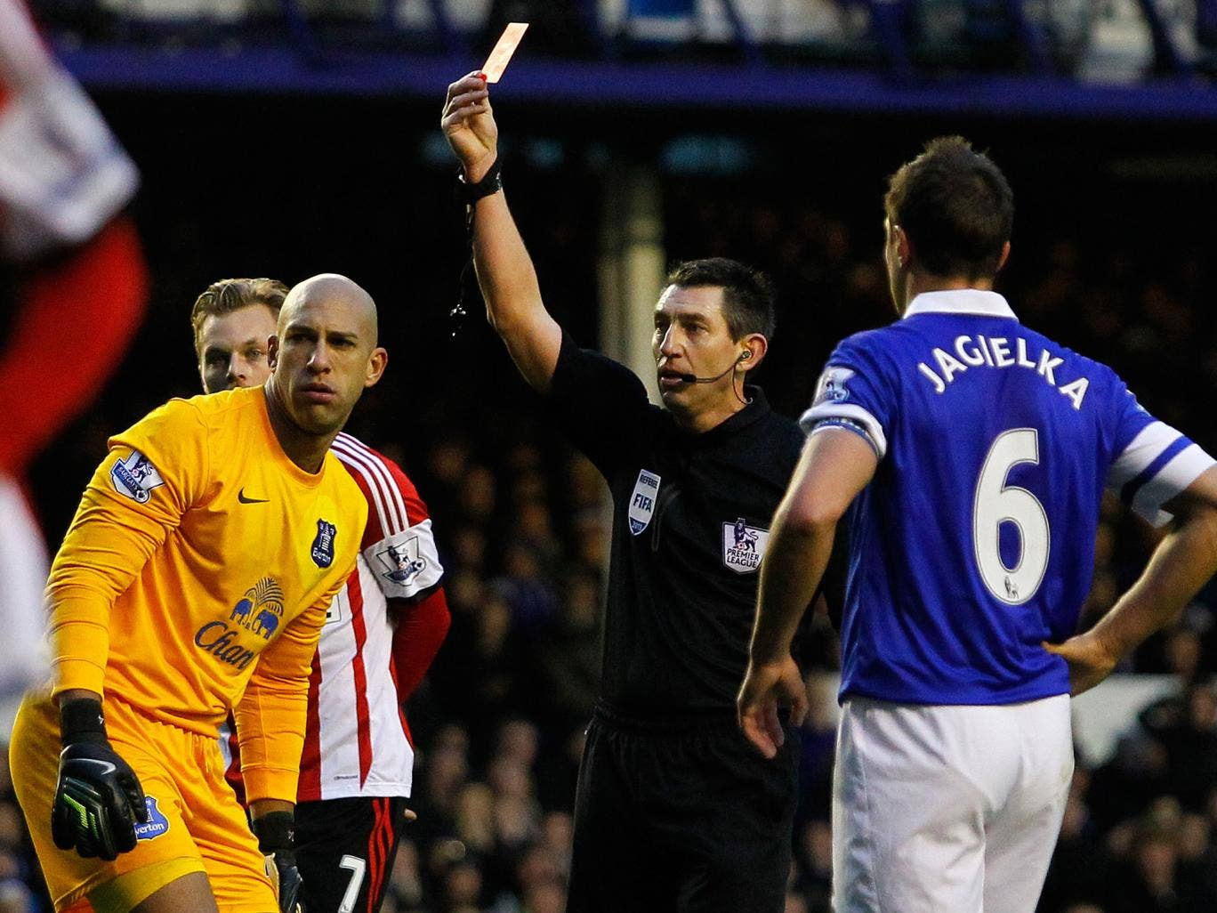 Tim Howard is shown a straight red card in Everton's Boxing Day Premier League match against Sunderland