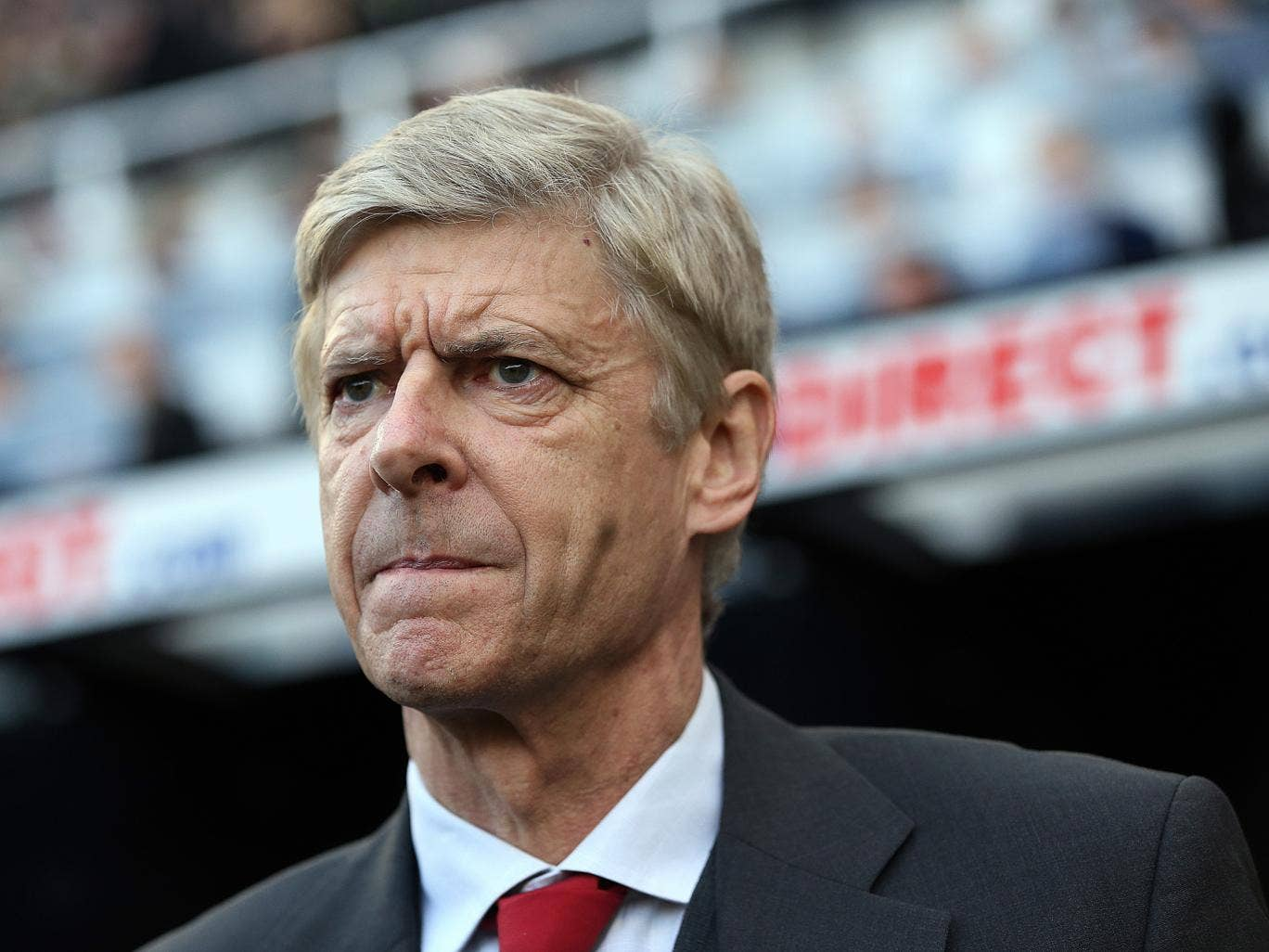 Arsenal manager Arsene Wenger insists it is too early to think of the Premier League title