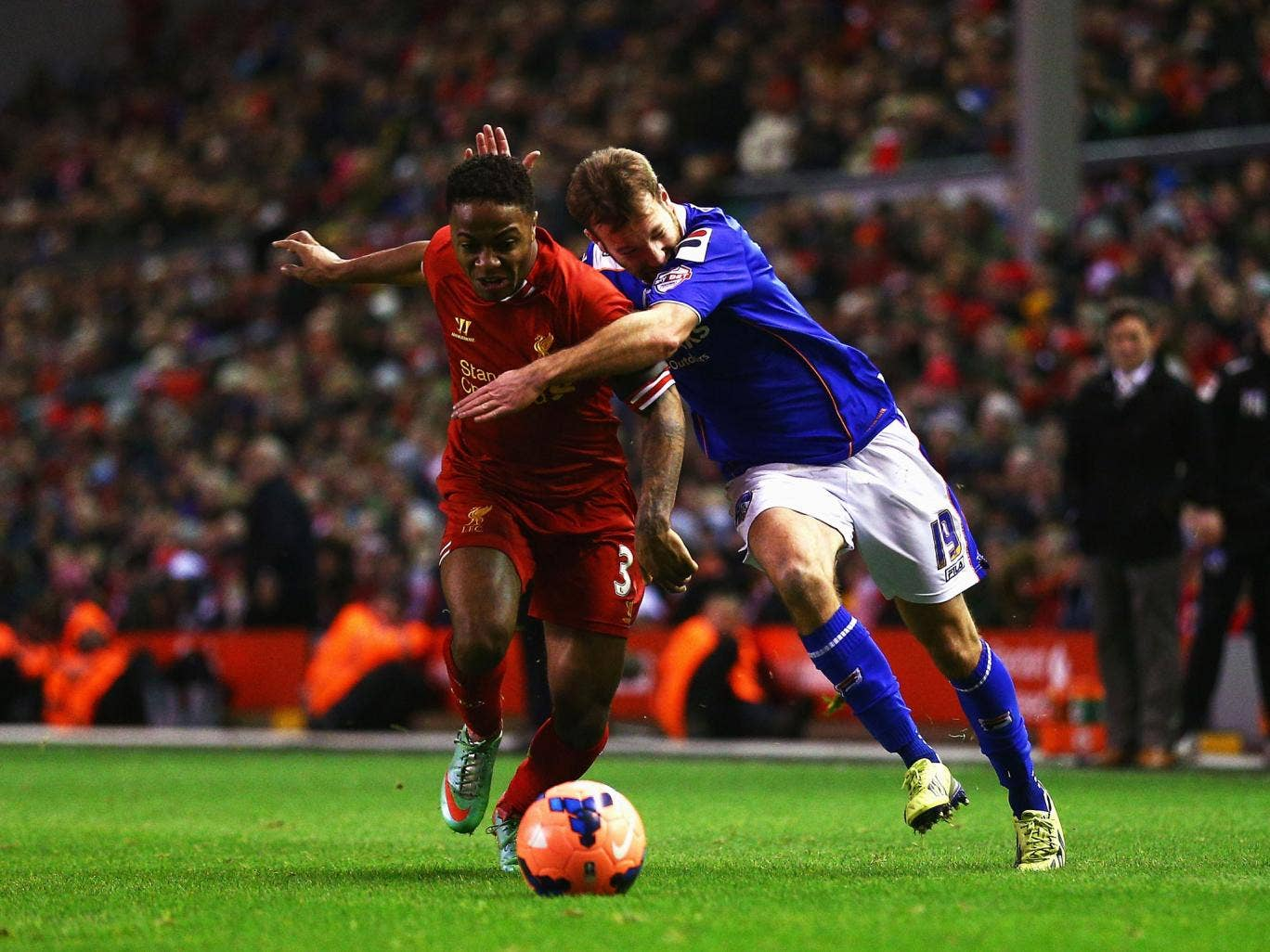 Liverpool winger Raheem Sterling has drawn praise from his teammate Kolo Toure for his recent impressive form