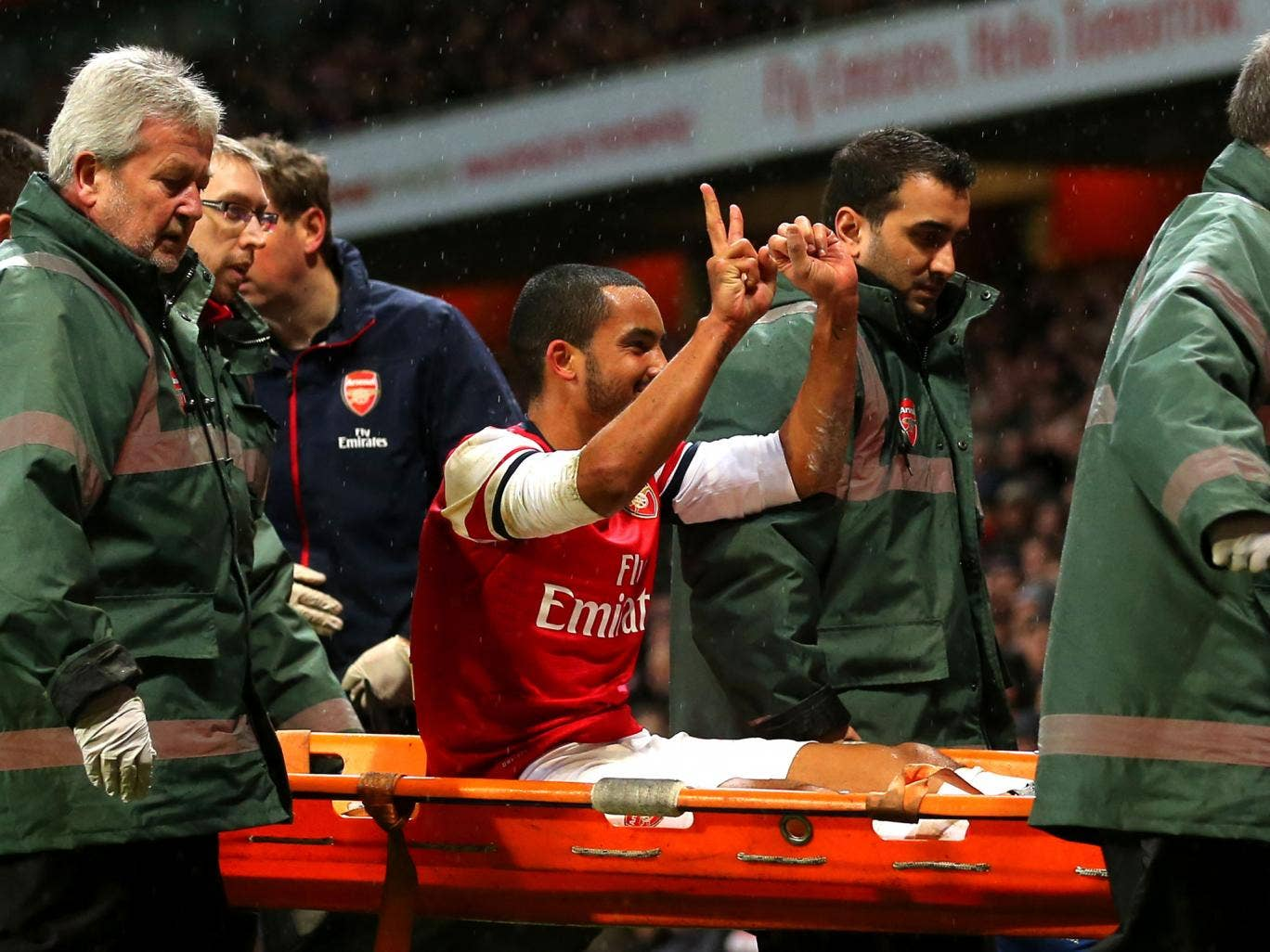Two of the four ambulance workers that helped Theo Walcott were Tottenham fans