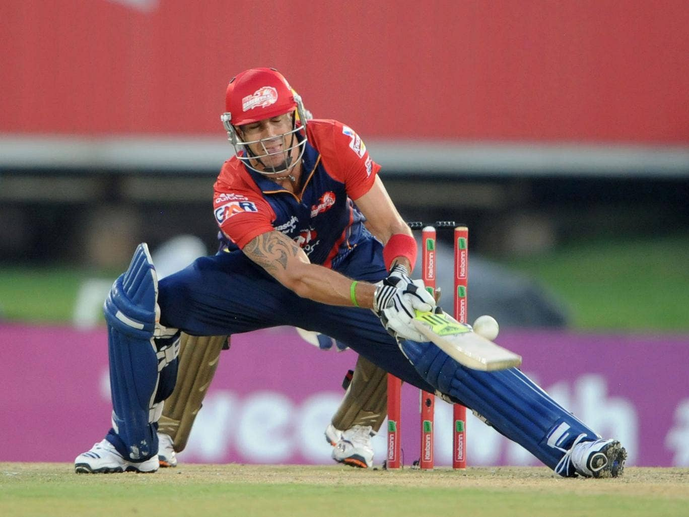 Kevin Pietersen is awaiting confirmation that he will be retained by the Delhi Daredevils for this year's IPL