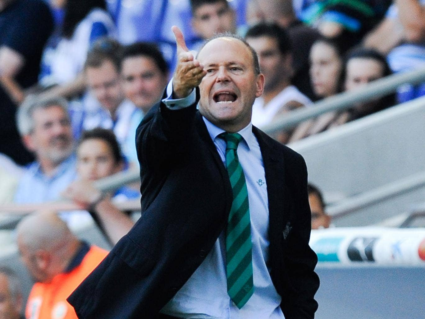 Pepe Mel, a history buff and published author, won promotion at Betis with little money