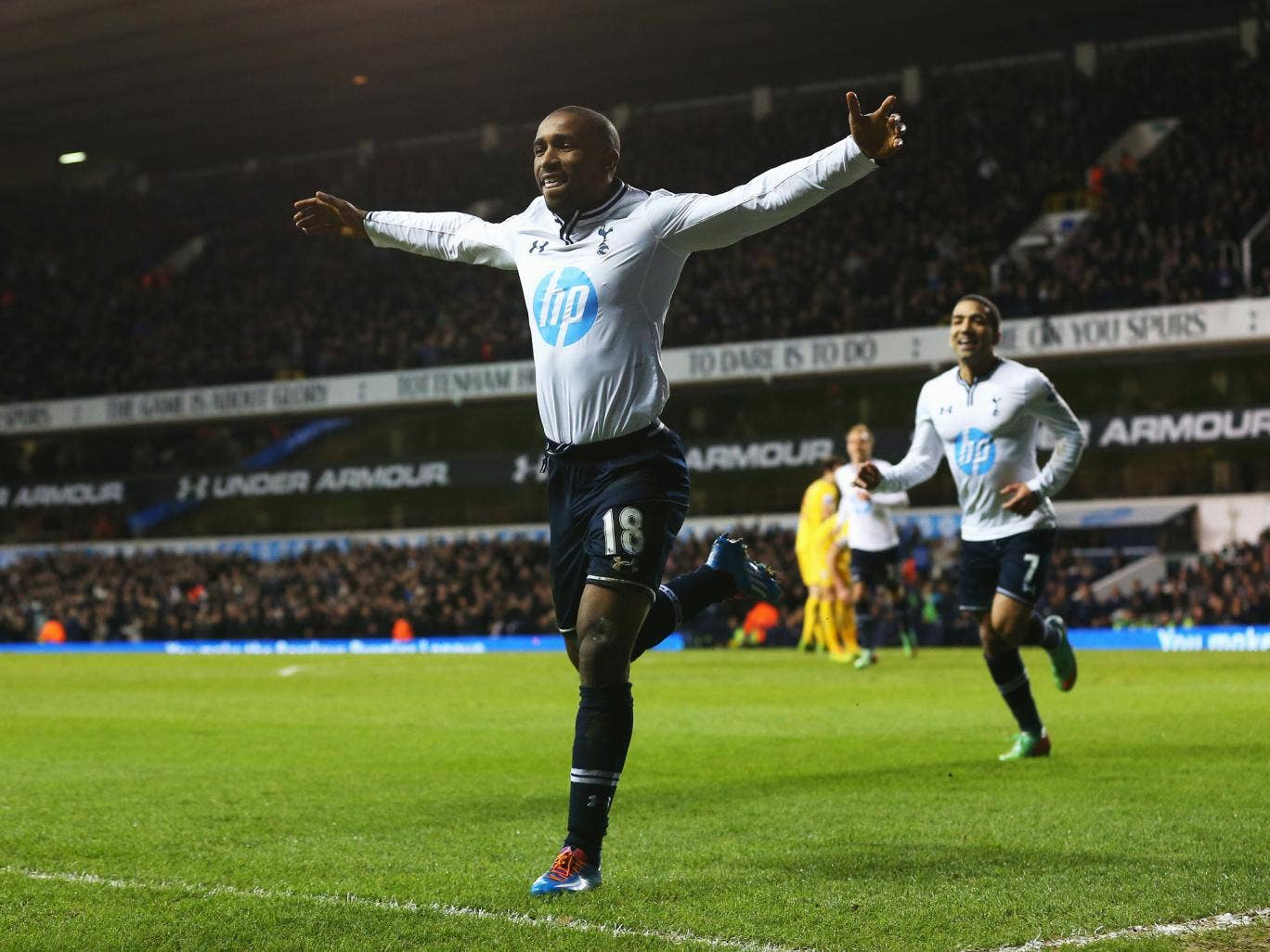 Jermain Defoe celebrates after scoring for Tottenham against Crystal Palace