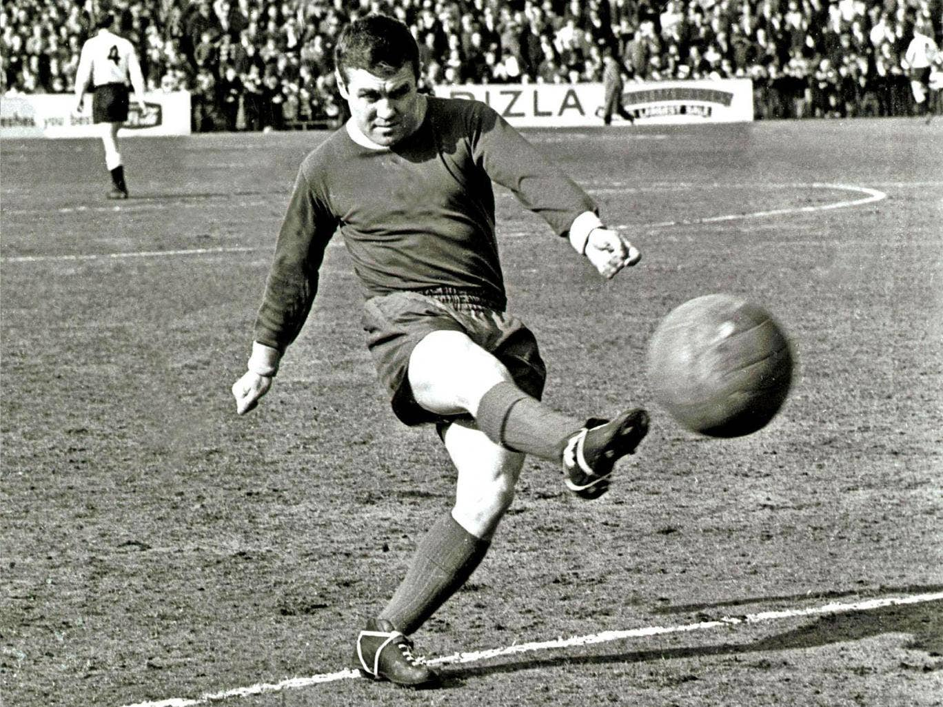 Pocket Napoleon: Collins in Leeds United's change strip for a game at Fulham in 1965