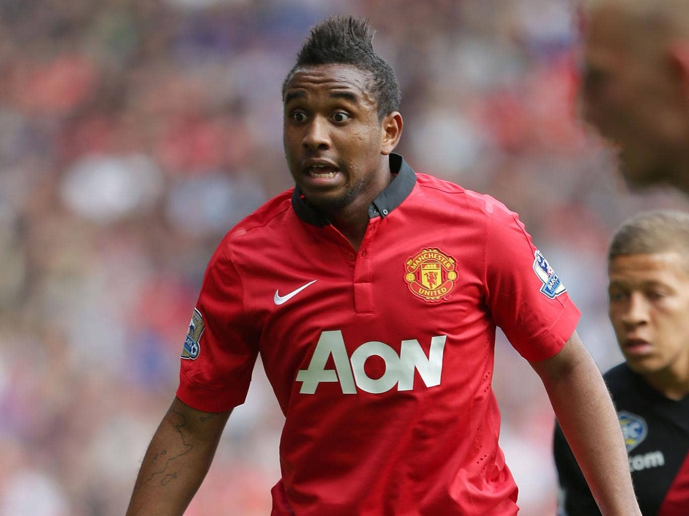 Manchester United midfielder Anderson has joined Fiorentina on loan until the end of the season