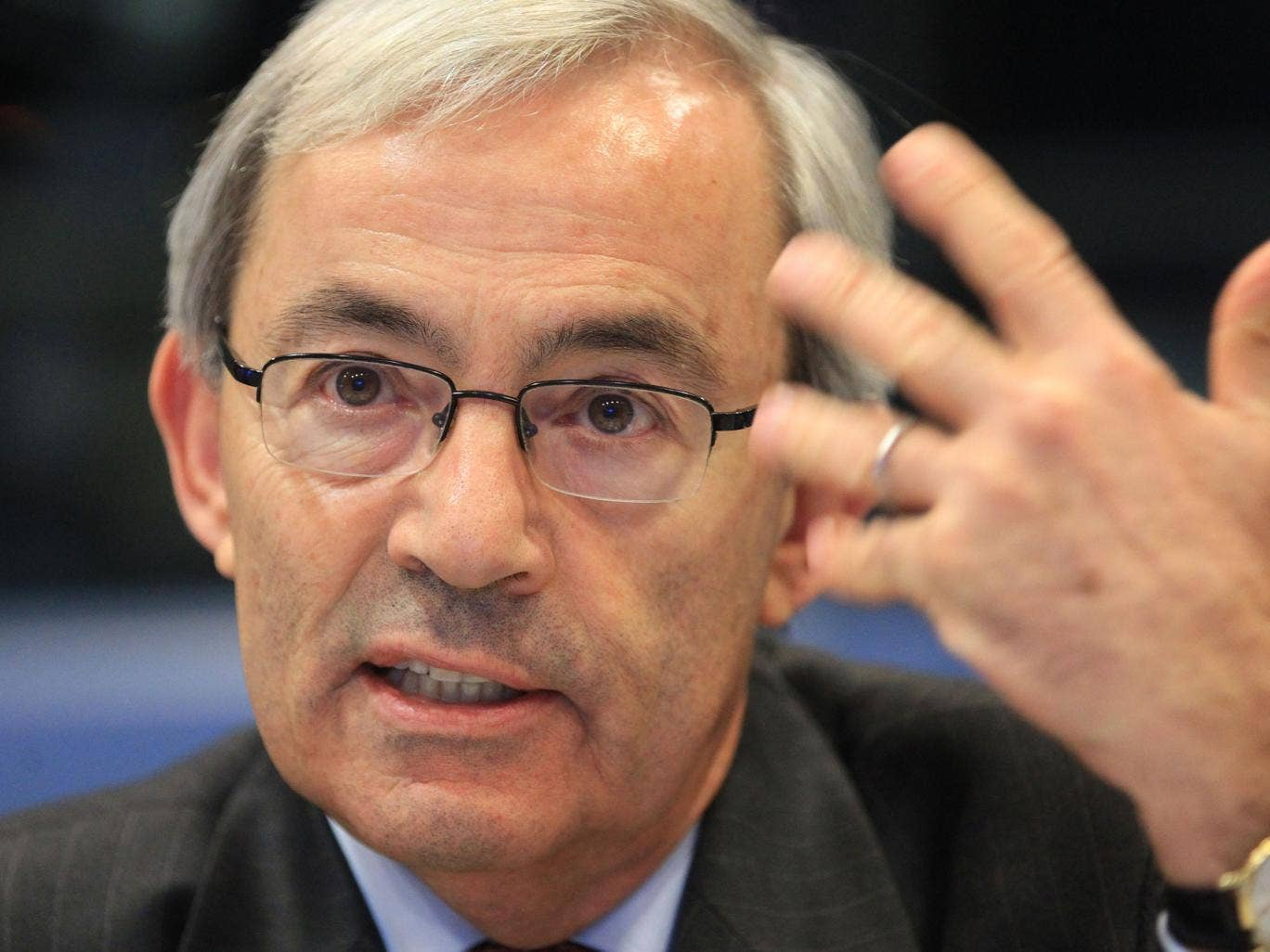 Sir Christopher Pissarides wants to see output levels increase before interest rates are put up
