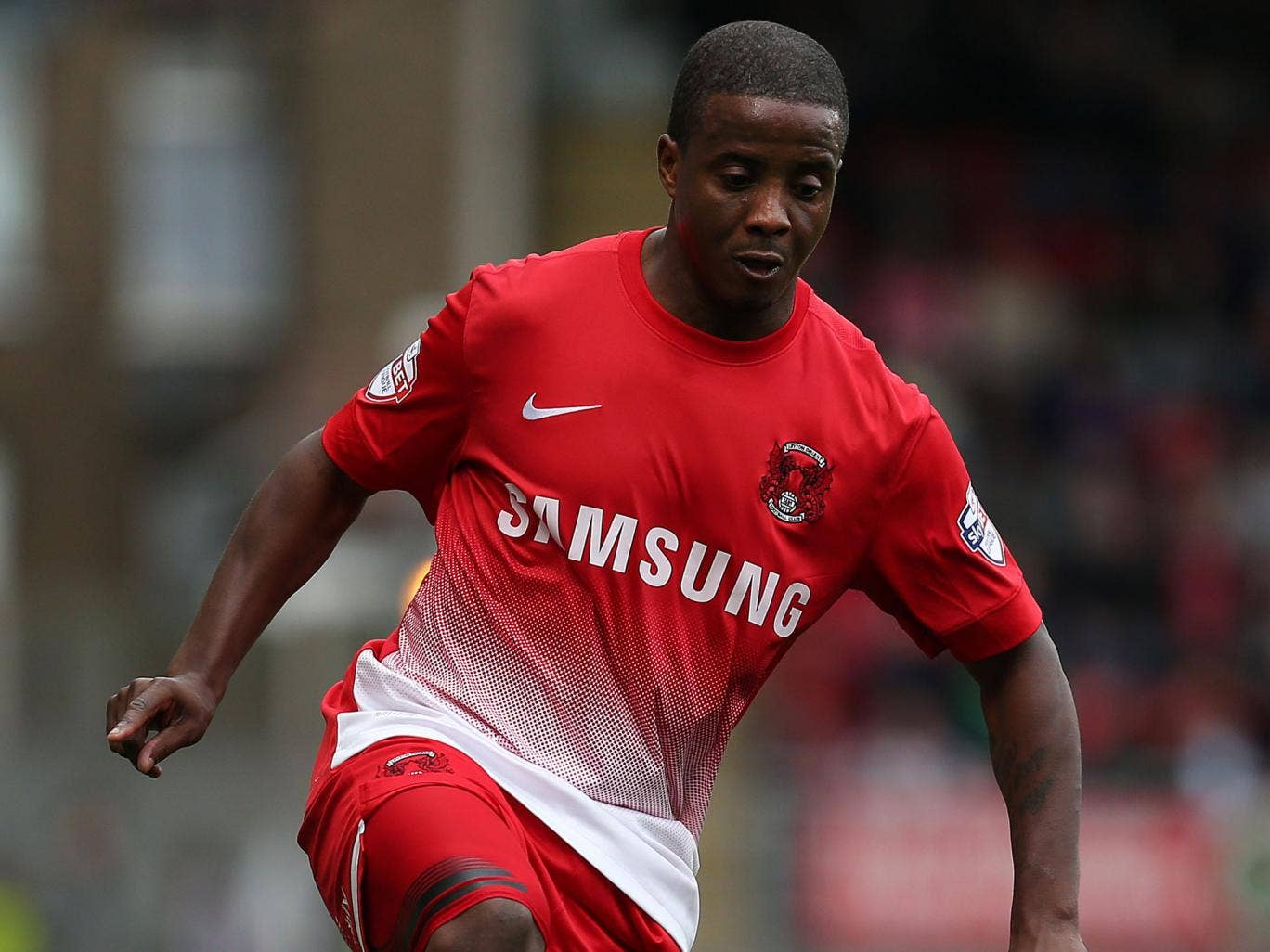 Kevin Lisbie in action for Leyton Orient