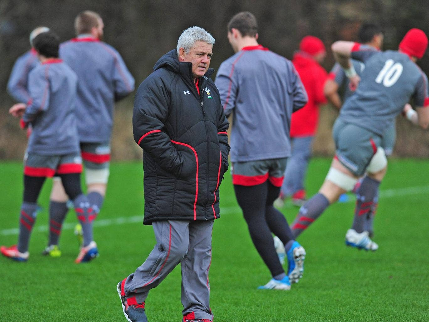 Wales coach Warren Gatland oversees training