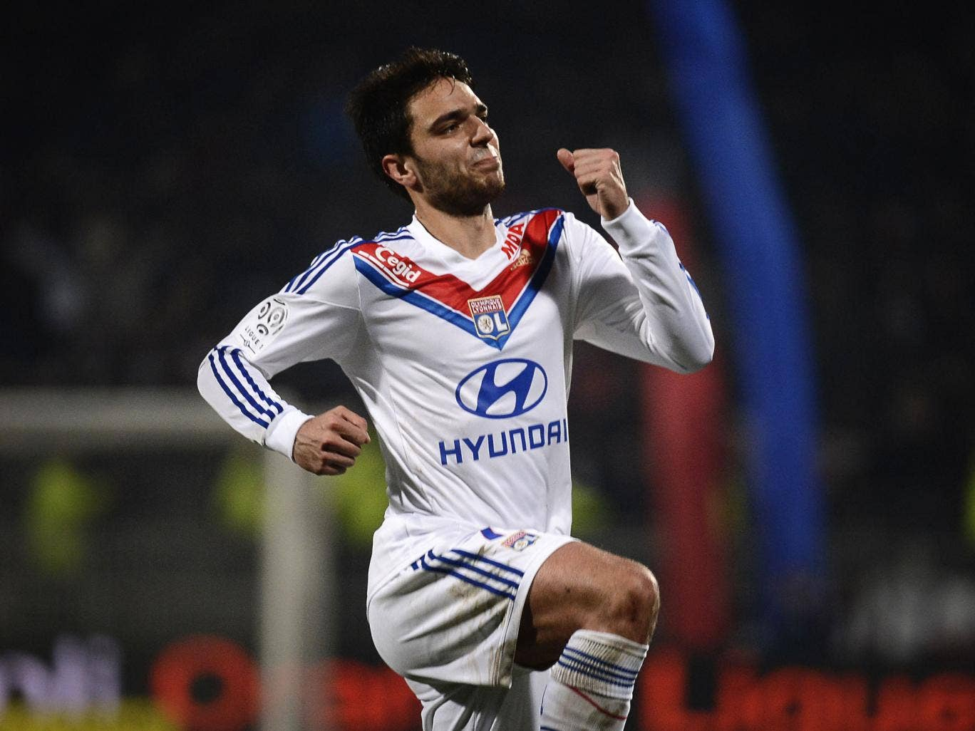 Clement Grenier could move to Newcastle to replace Yohan Cabaye after Newcastle made a reported £20m offer for the Lyon Frenchman