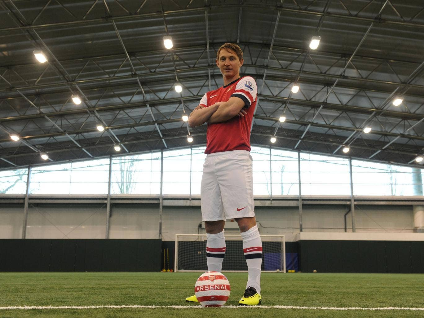 Arsenal unveil their new loan-signing Kim Kallstrom from Spartak Moscow
