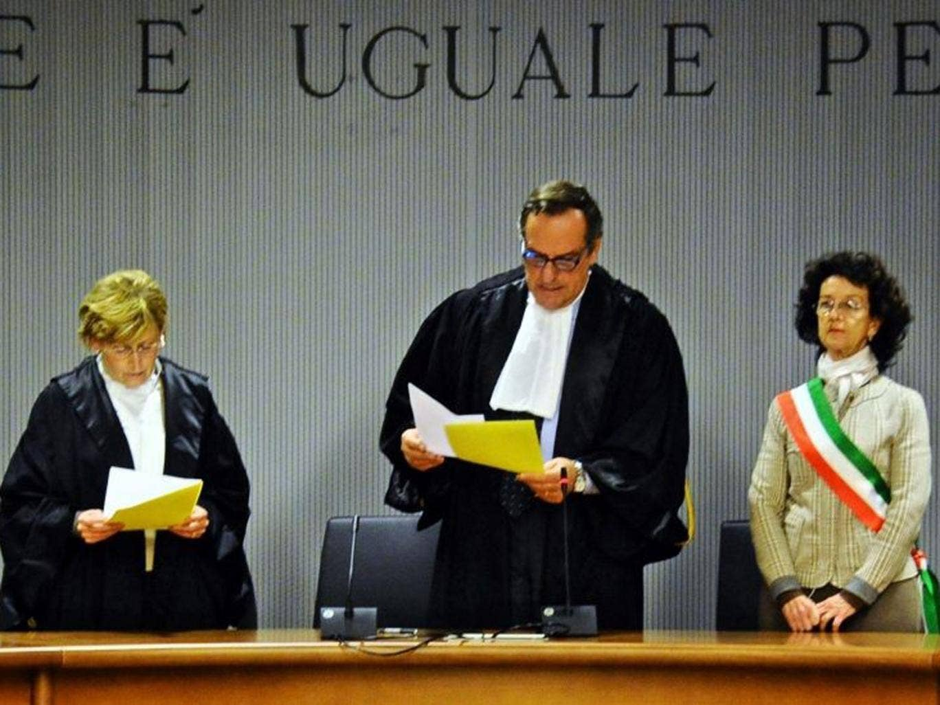 The presiding judge Alessandro Nencini (C) reads the judgment of the Court of Appeals for the verdict of the Amanda Knox and Raffaele Sollecito retrial, Florence, Italy