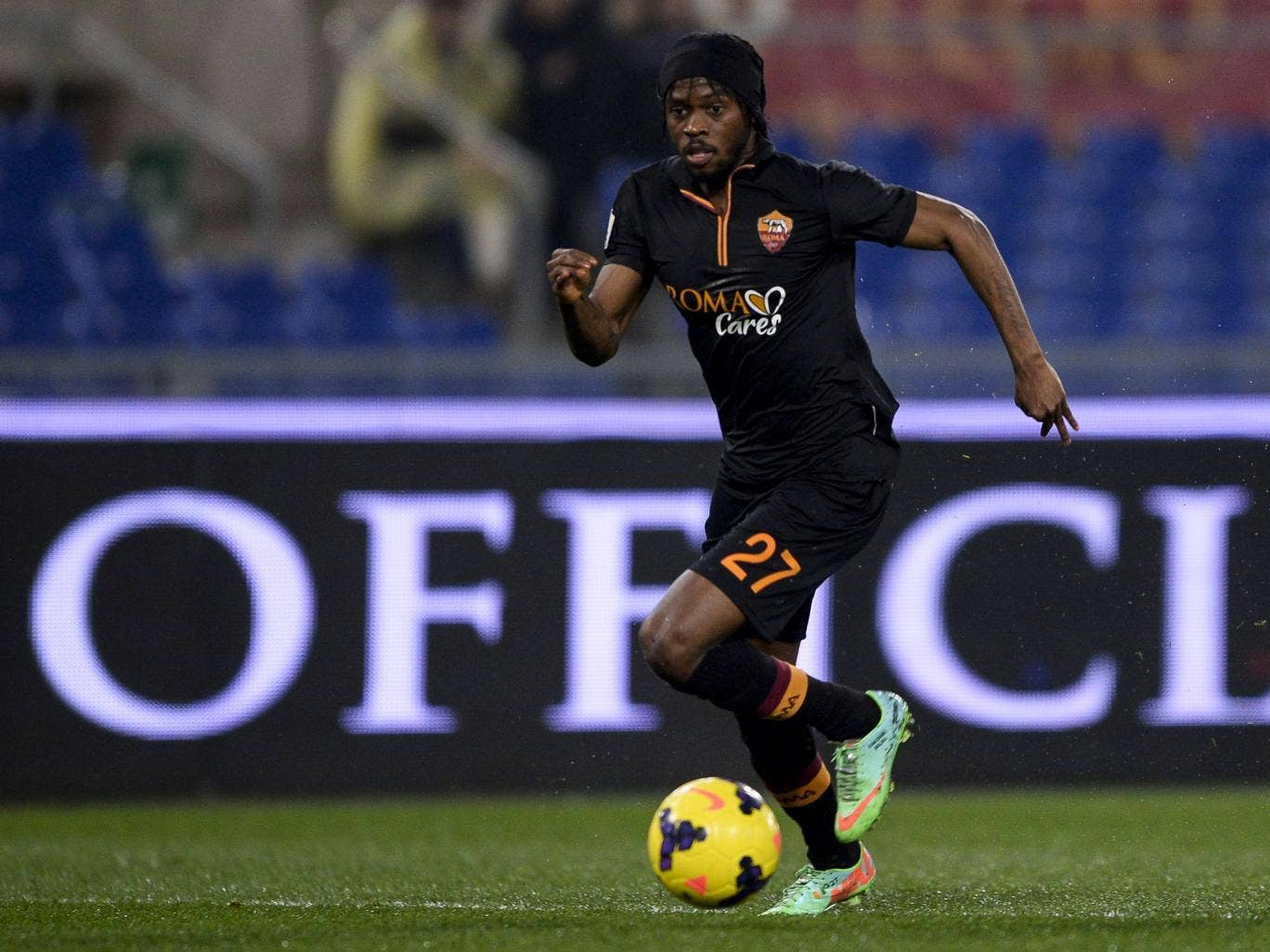 Roma forward Gervinho scored twice in the 3-2 win over Napoli