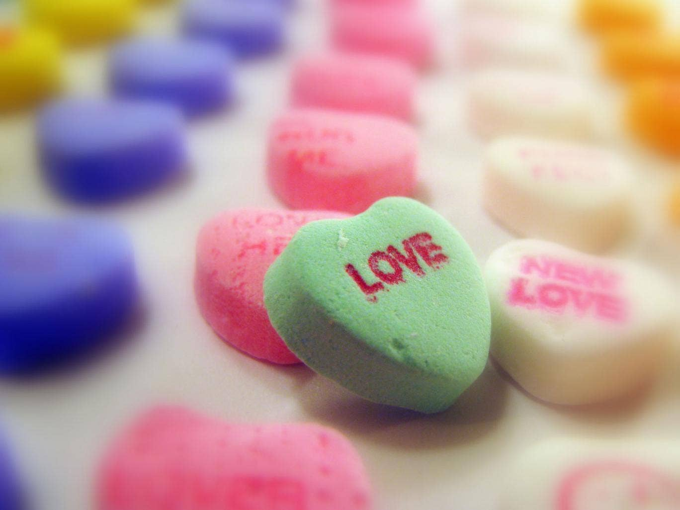 You don't need to spend a fortune to spend a good Valentine's Day