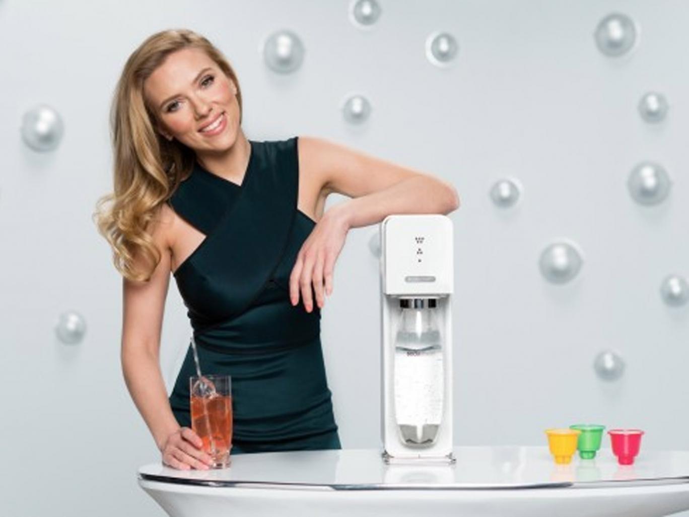 Scarlett Johansson appearing in the SodaStream commerical