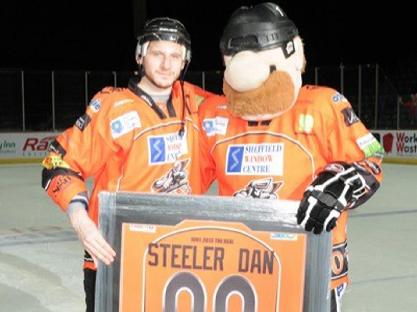 Mascot Steeler Dan is honoured by his team