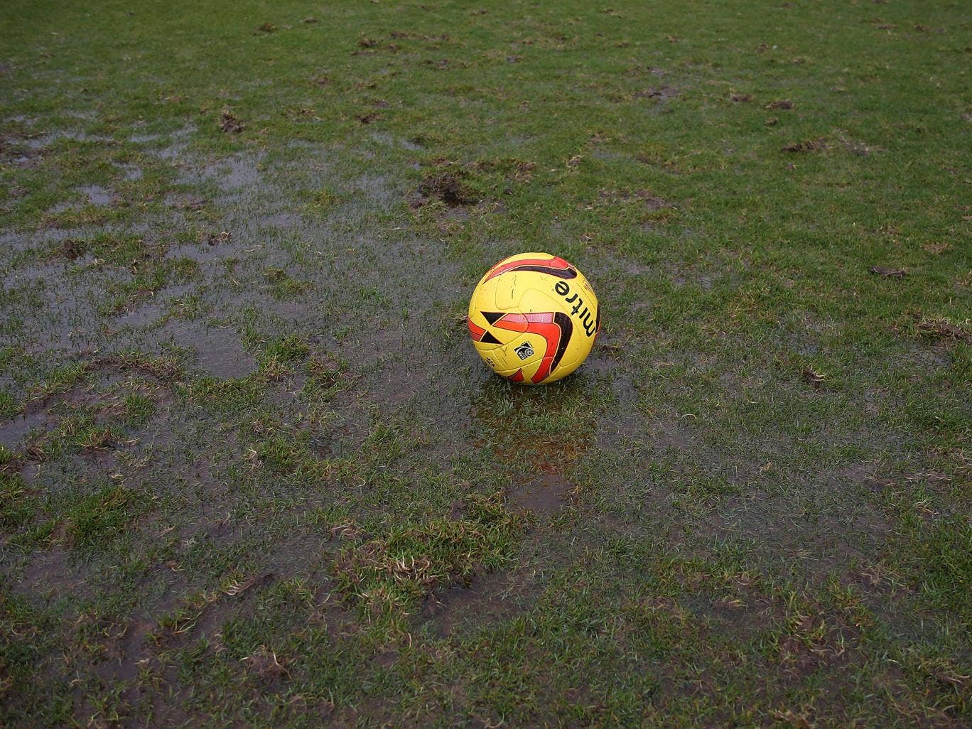 The match at Sixfields between Coventry and Bradford has been called off