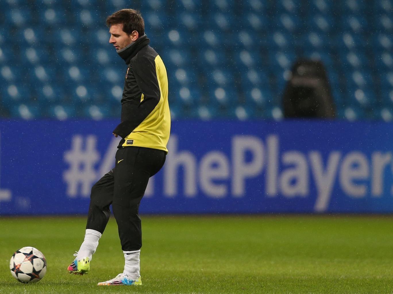 Lionel Messi pictured training at the Etihad