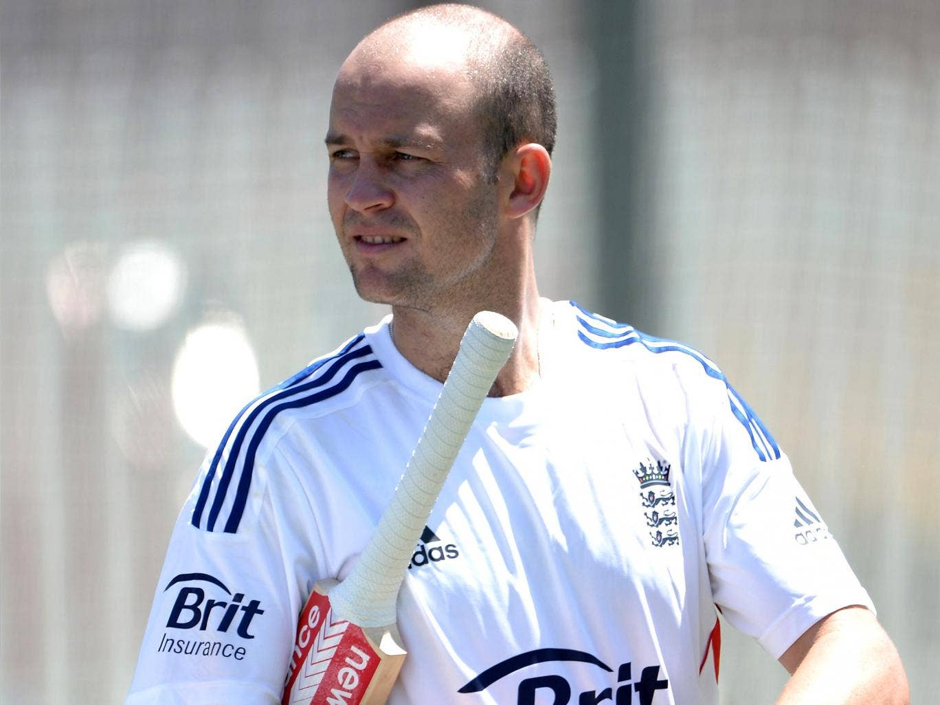 Jonathan Trott hopes to return to county cricket in time for the start of the season