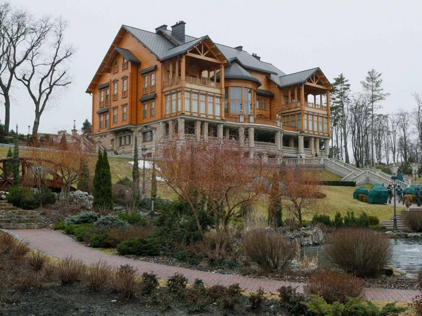 Power house: The presidential country estate in Mezhyhirya