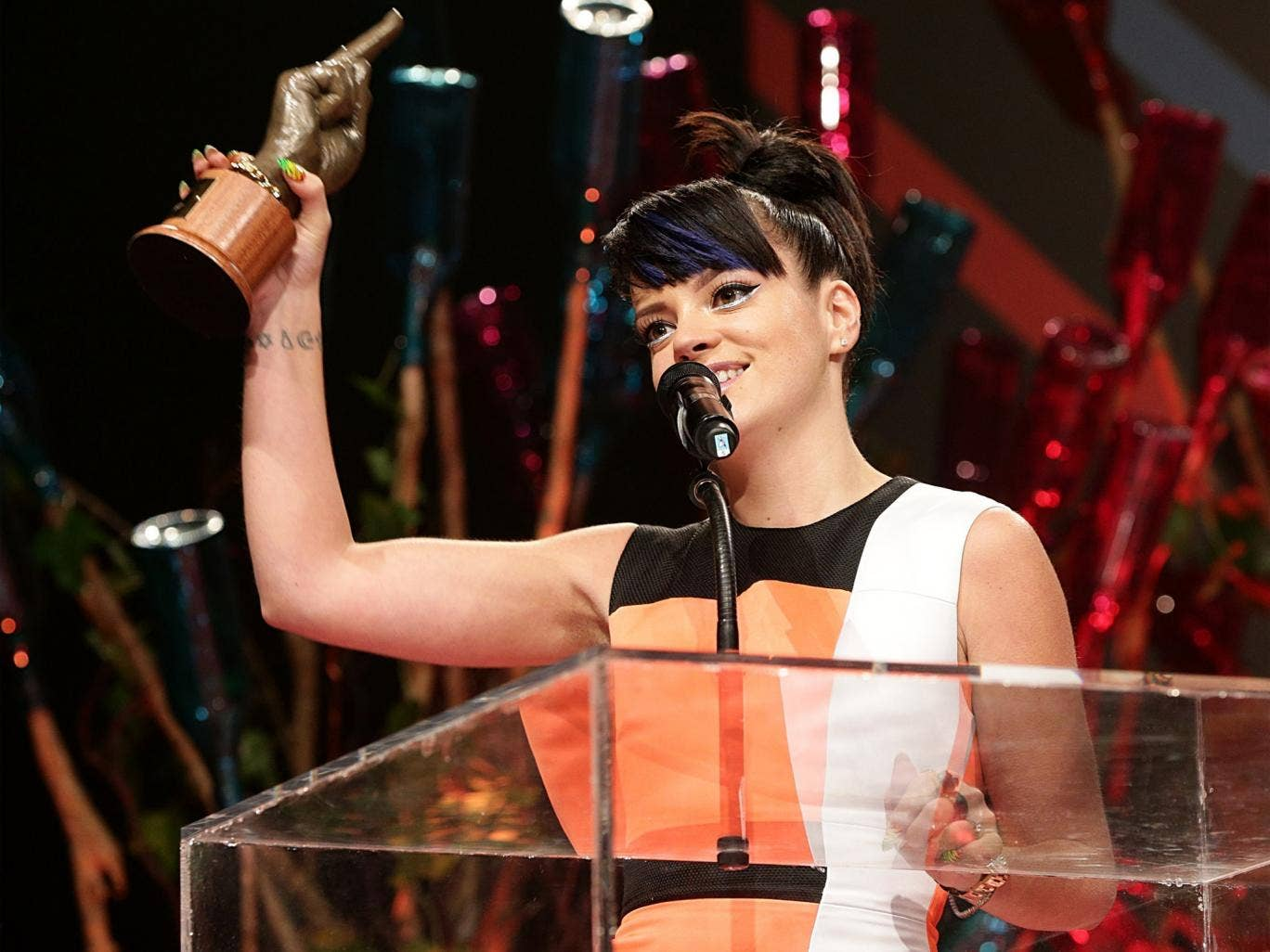 Lily Allen collects her award for Best Solo Artist