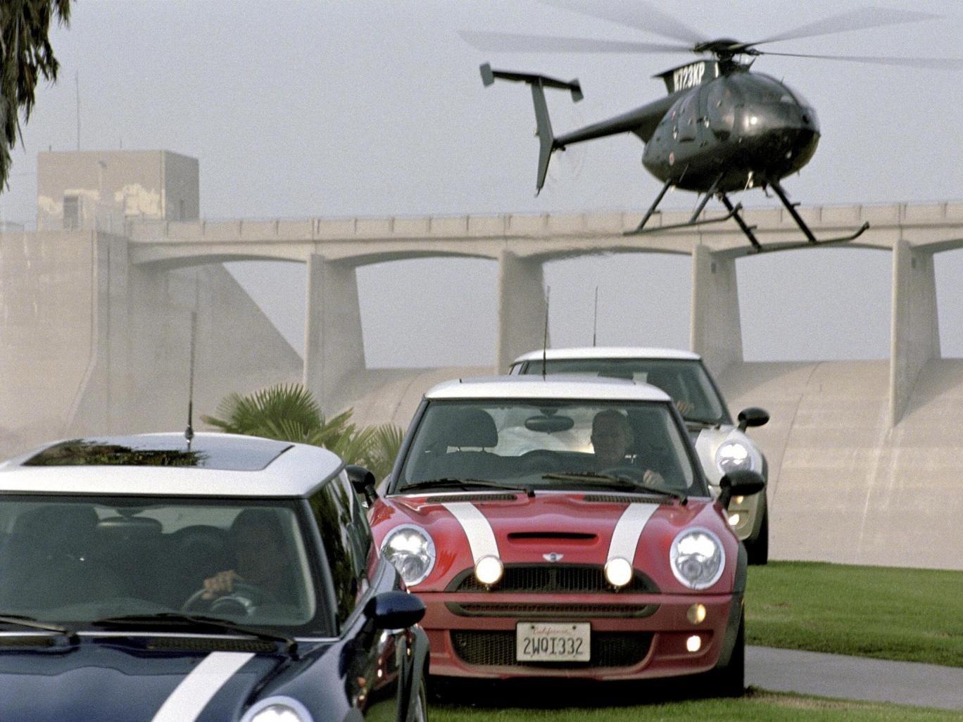 The quartet used Mini Coopers to make their getaway like the film 'The Italian Job' (2003)