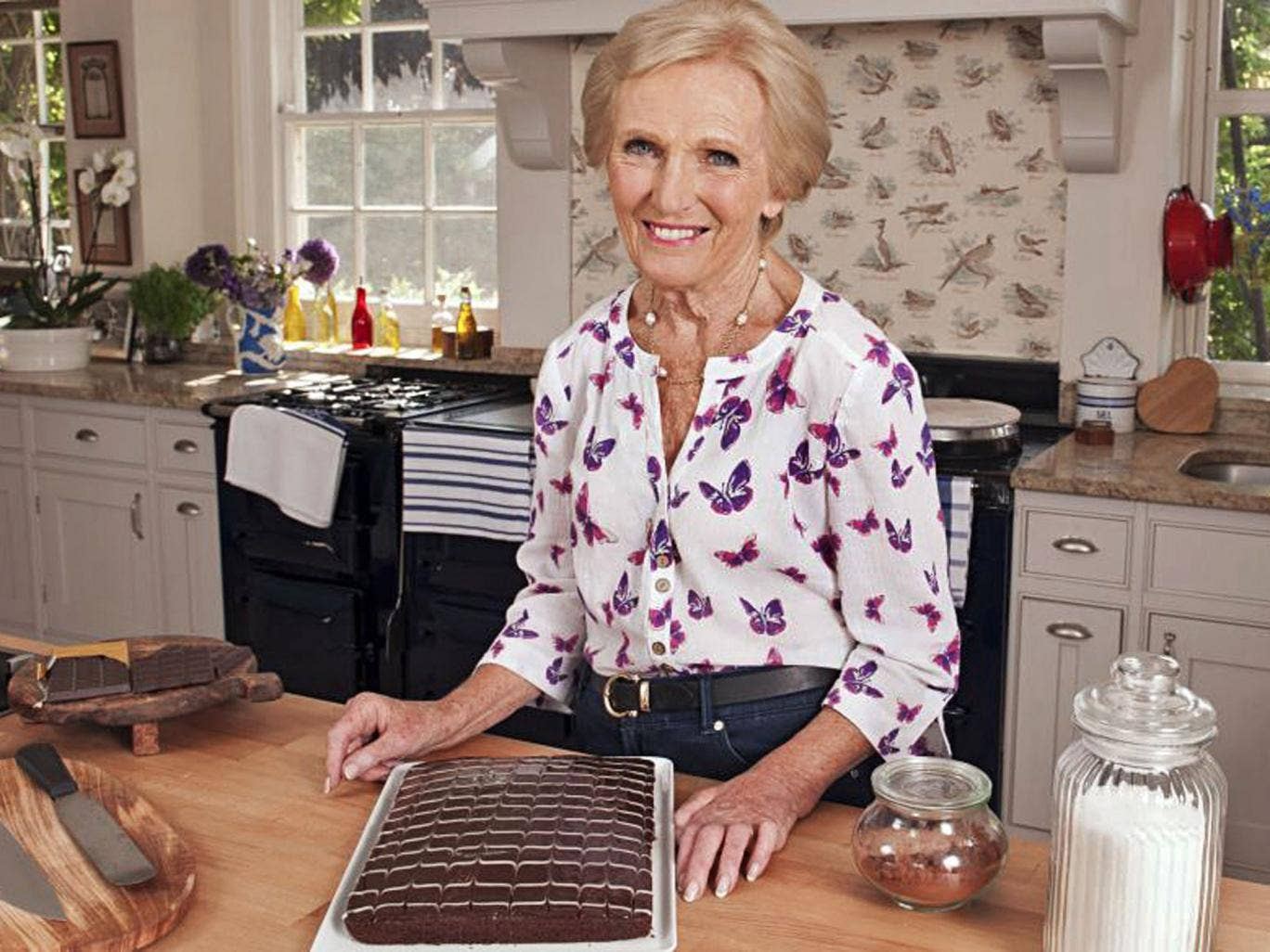 A piece of cake: 'Mary Berry Cooks'