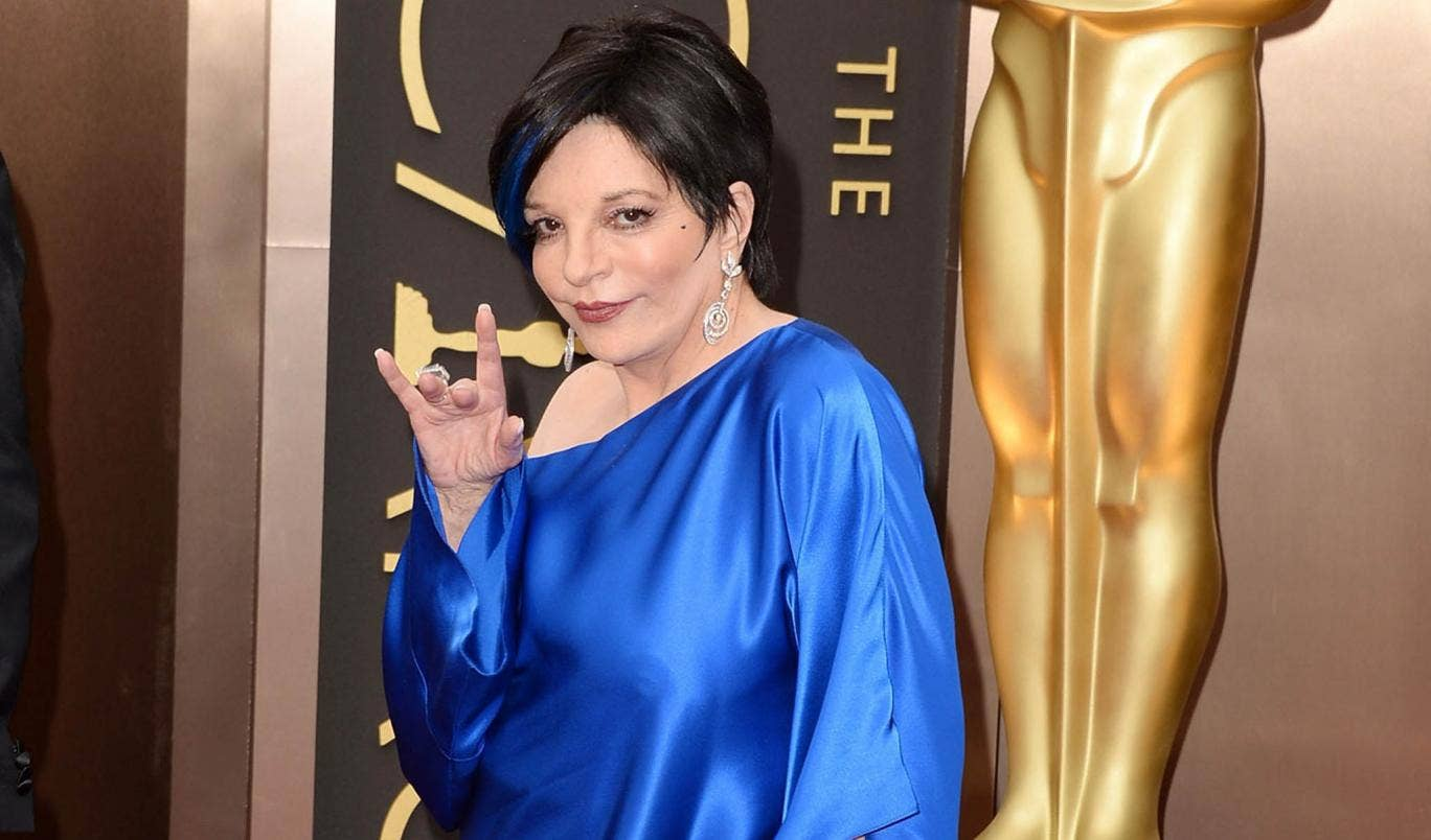 Liza Minelli on the red carpet at the Oscars 2014