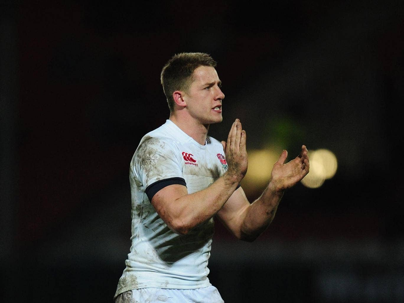 England Saxons centre Sam Hill has signed a two-year contract extension with Exeter Chiefs