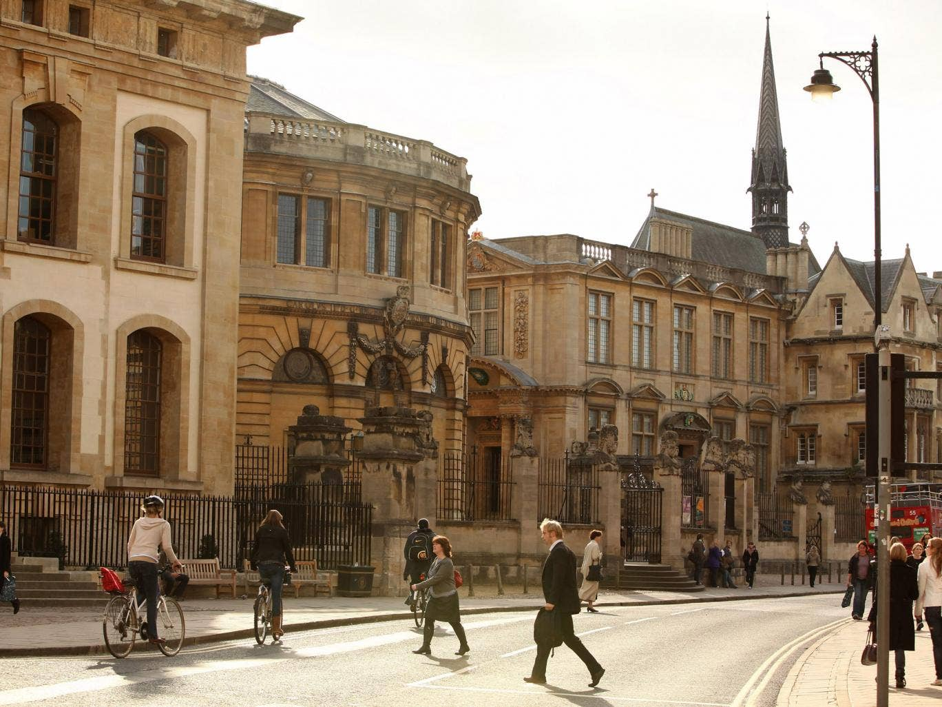 The average property in Oxford costs £340,864