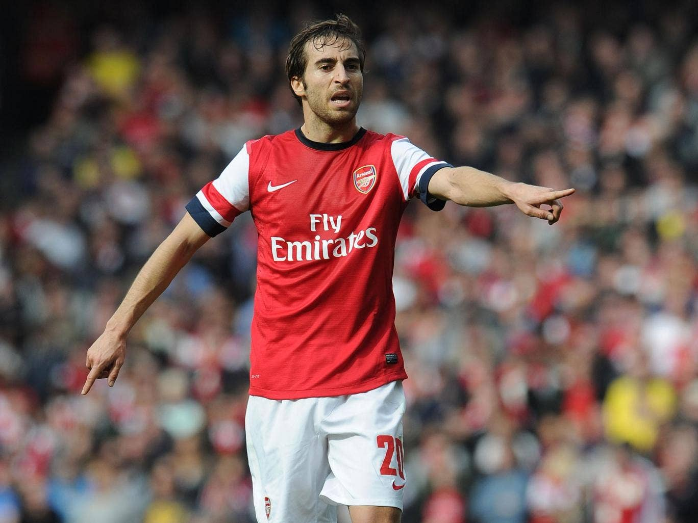 Mathieu Flamini believes a lack of character could be to blame for Arsenal's trophy drought but stresses the current will fight to secure success this season