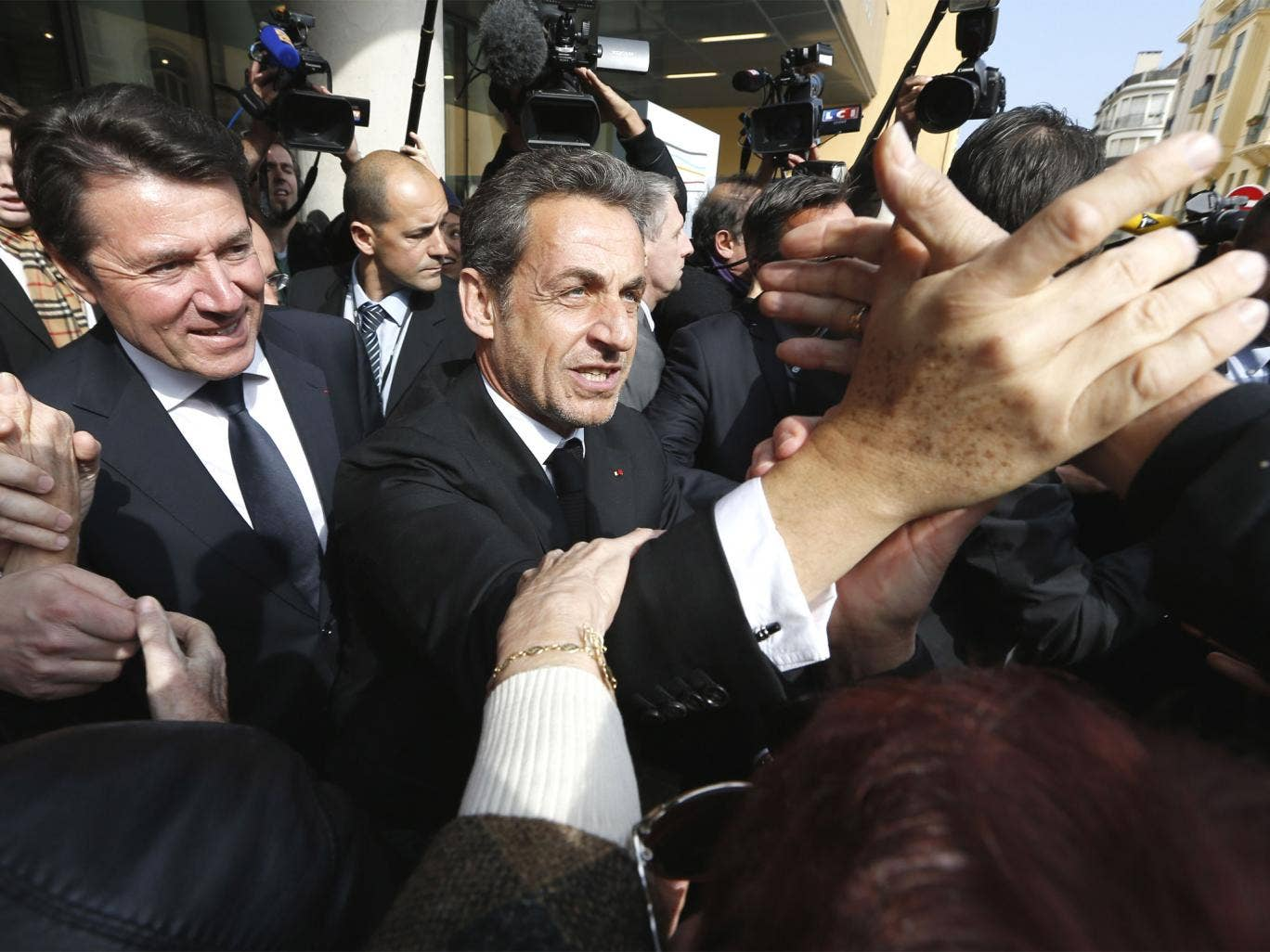 "Mr Sarkozy wrote a passionate and vituperative two page article in the newspaper Le Figaro accusing the Socialist government of acting like a ""dictatorship"" and trampling ""human rights""."