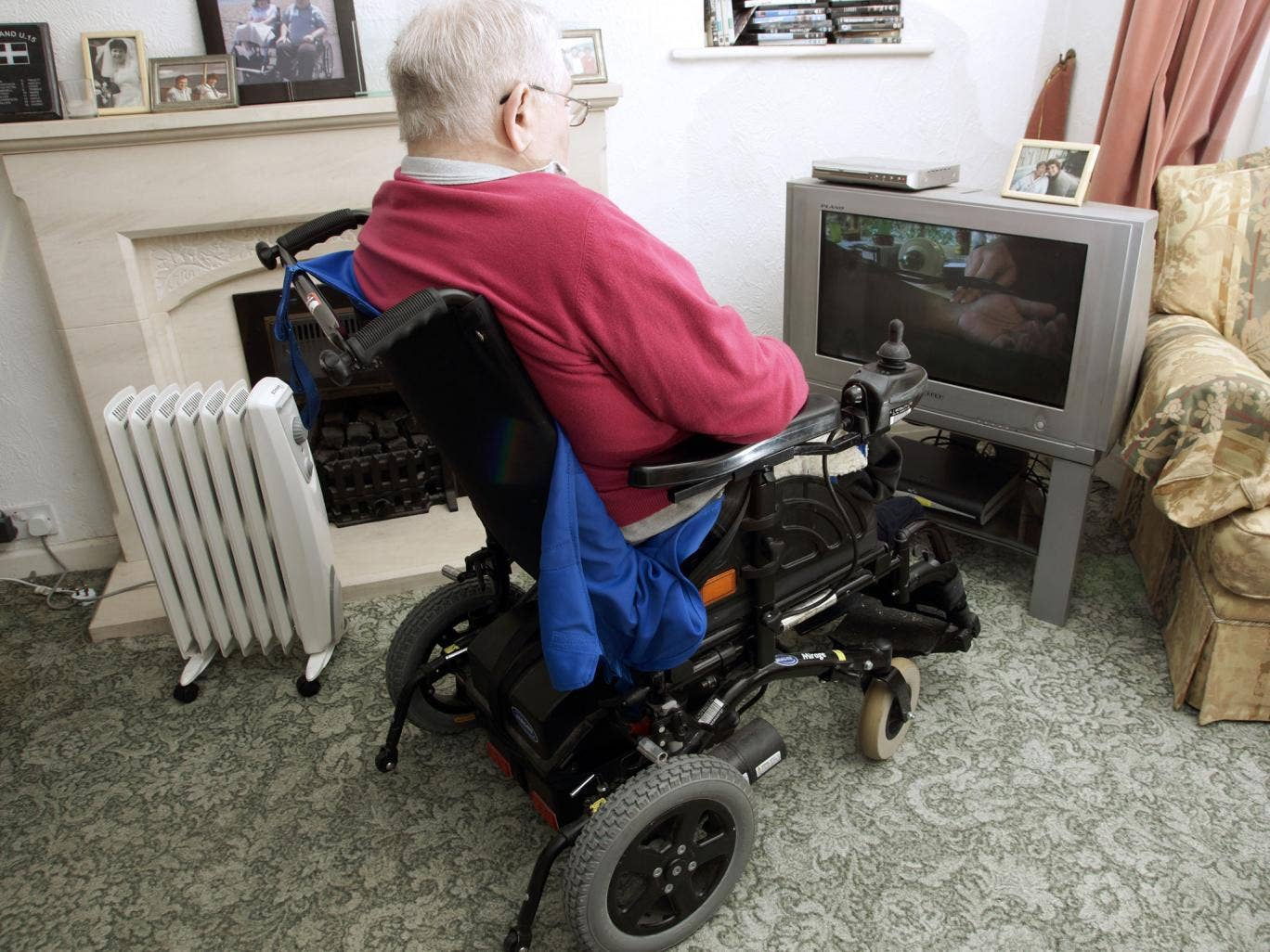 People with disabilities and severe illnesses are being made to wait for more than six months to find out if they are eligible for financial support
