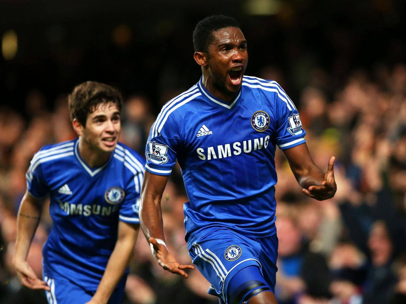Samuel Eto'o of Chelsea celebrates