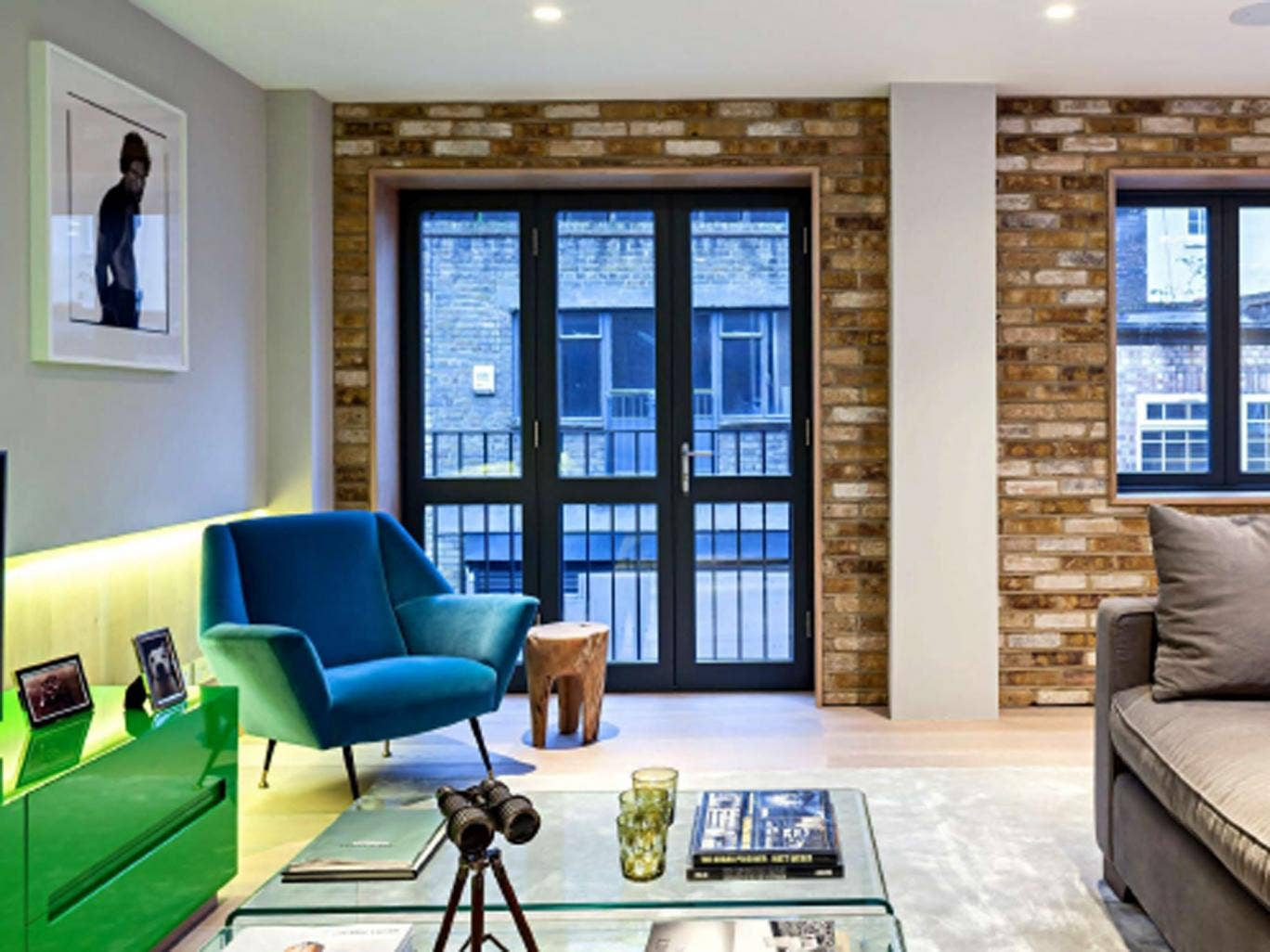 Mike Penn's sleek home and its up-to-the-minute interiors sit behind a mews entrance in Fitzrovia