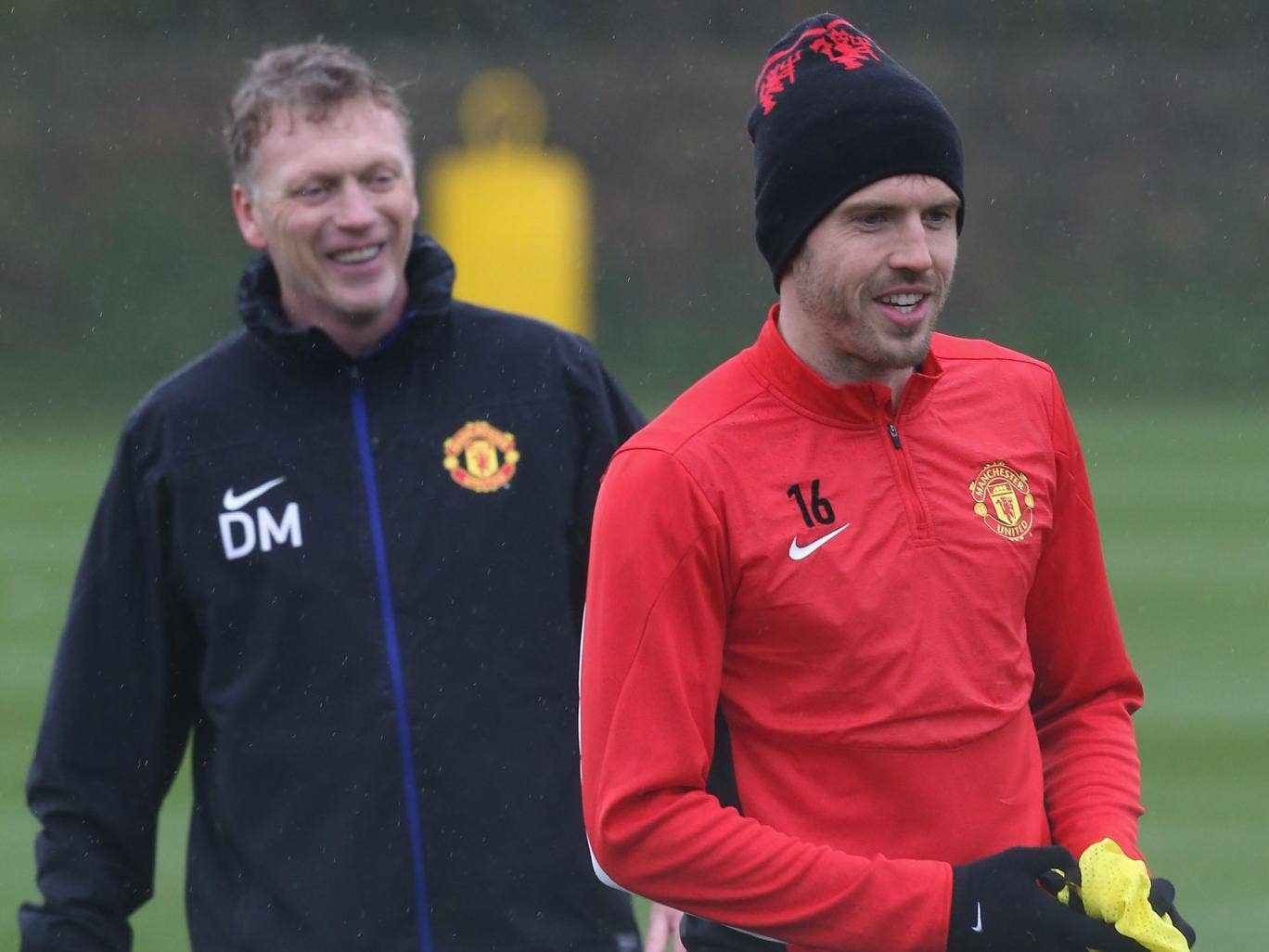 Michael Carrick trains with David Moyes