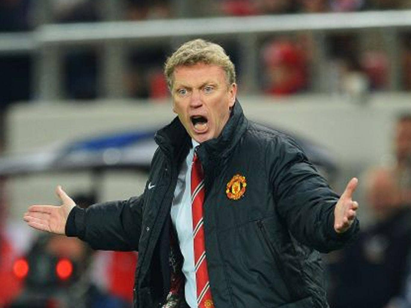 David Moyes reacts on the touchline during the UEFA Champions League Round of 16 first leg match between Olympiacos FC and Manchester United