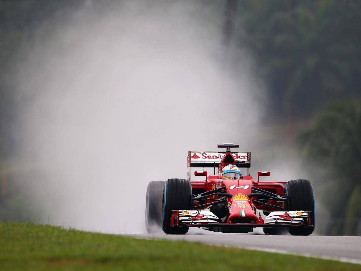 Fernando Alonso thanked his Ferrari mechanics for a rapid repair in the Malaysian Grand Prix qualifying session