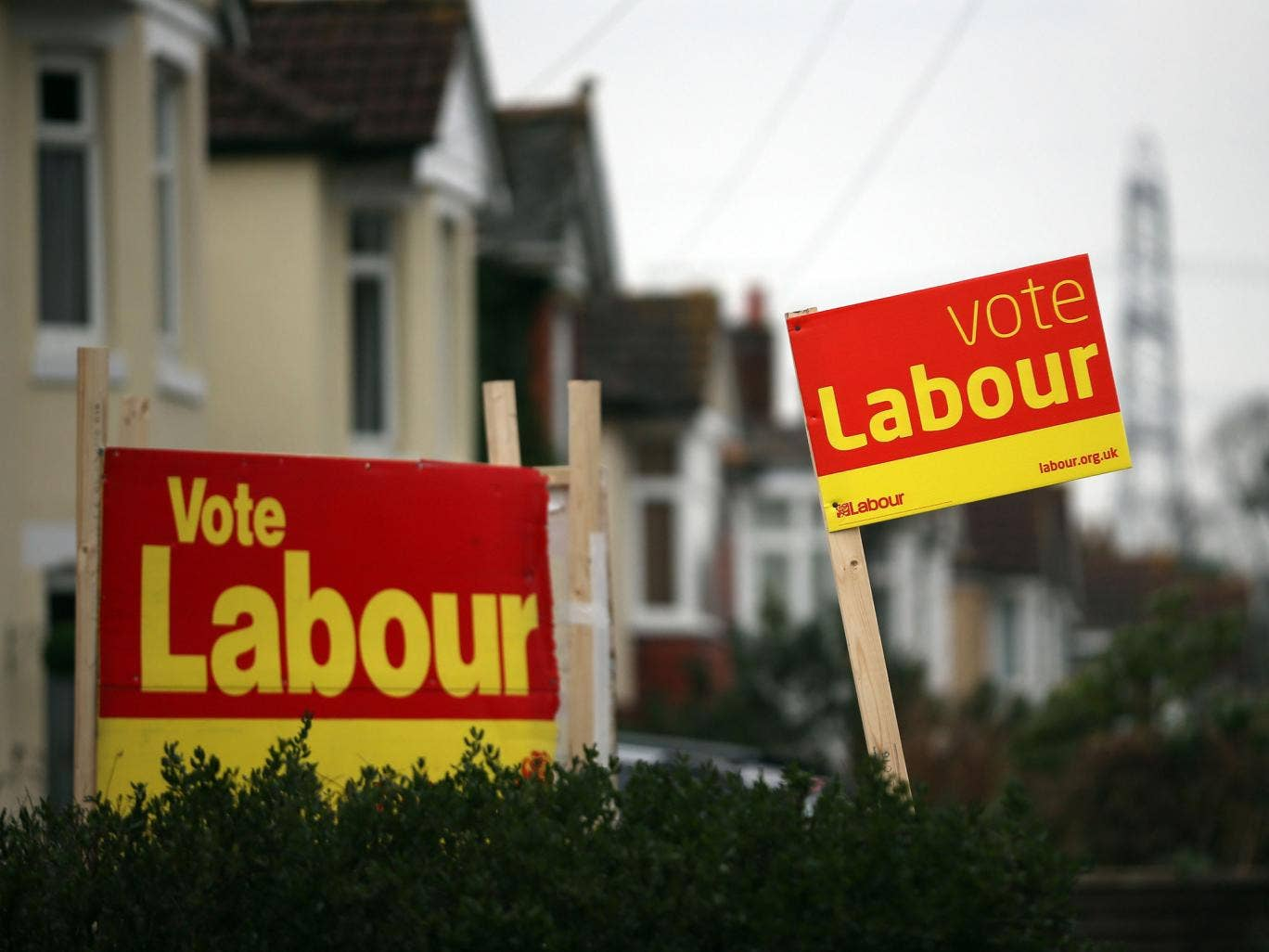 The Labour lead is now at its lowest level since February 2012