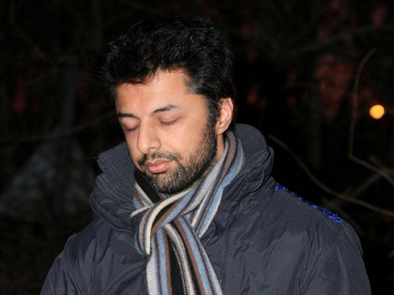 Dewani is expected to arrive in Cape Town on Tuesday morning, where he will be taken straight to a court hearing