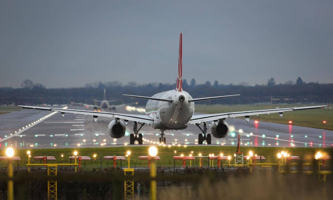 Swissport say that the delays on Sunday were due to planes arriving earlier and later than their scheduled times
