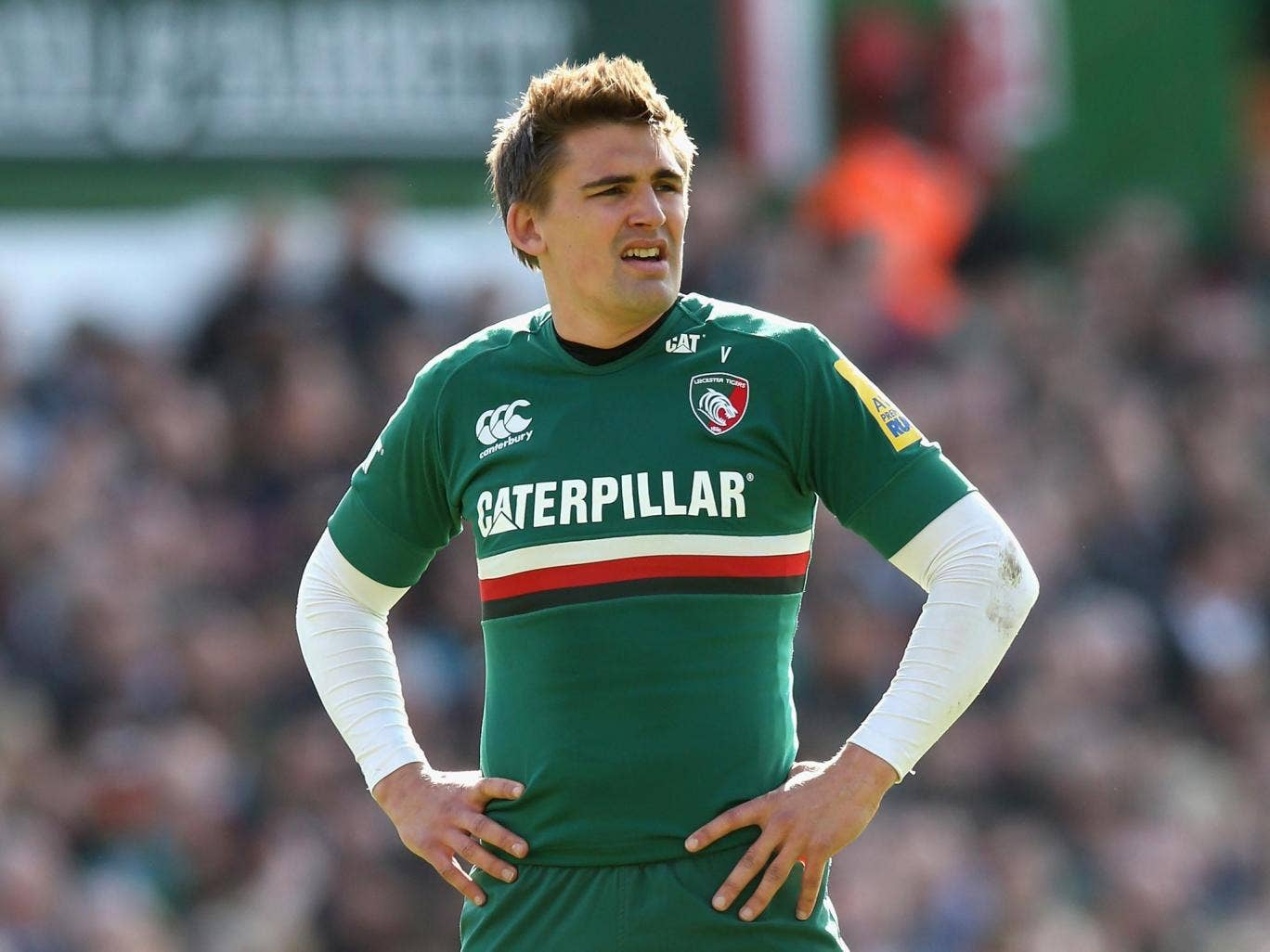 Fly-half Toby Flood will try to increase the Tigers' chances of a top-two league finish tonight