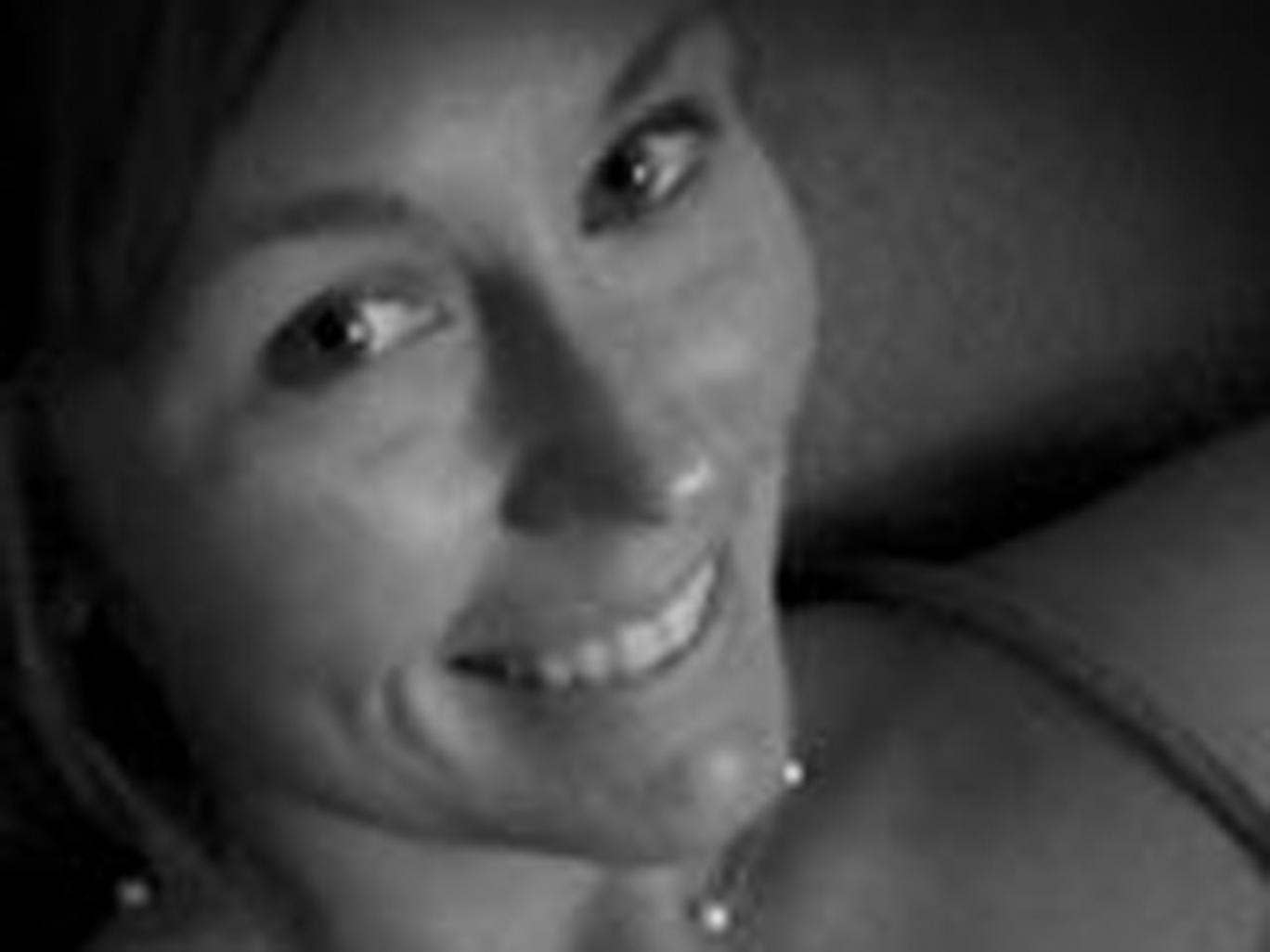Courtney Sanford, 32, posted selfies and status updates to Facebook moments before a fatal collision on a US highway